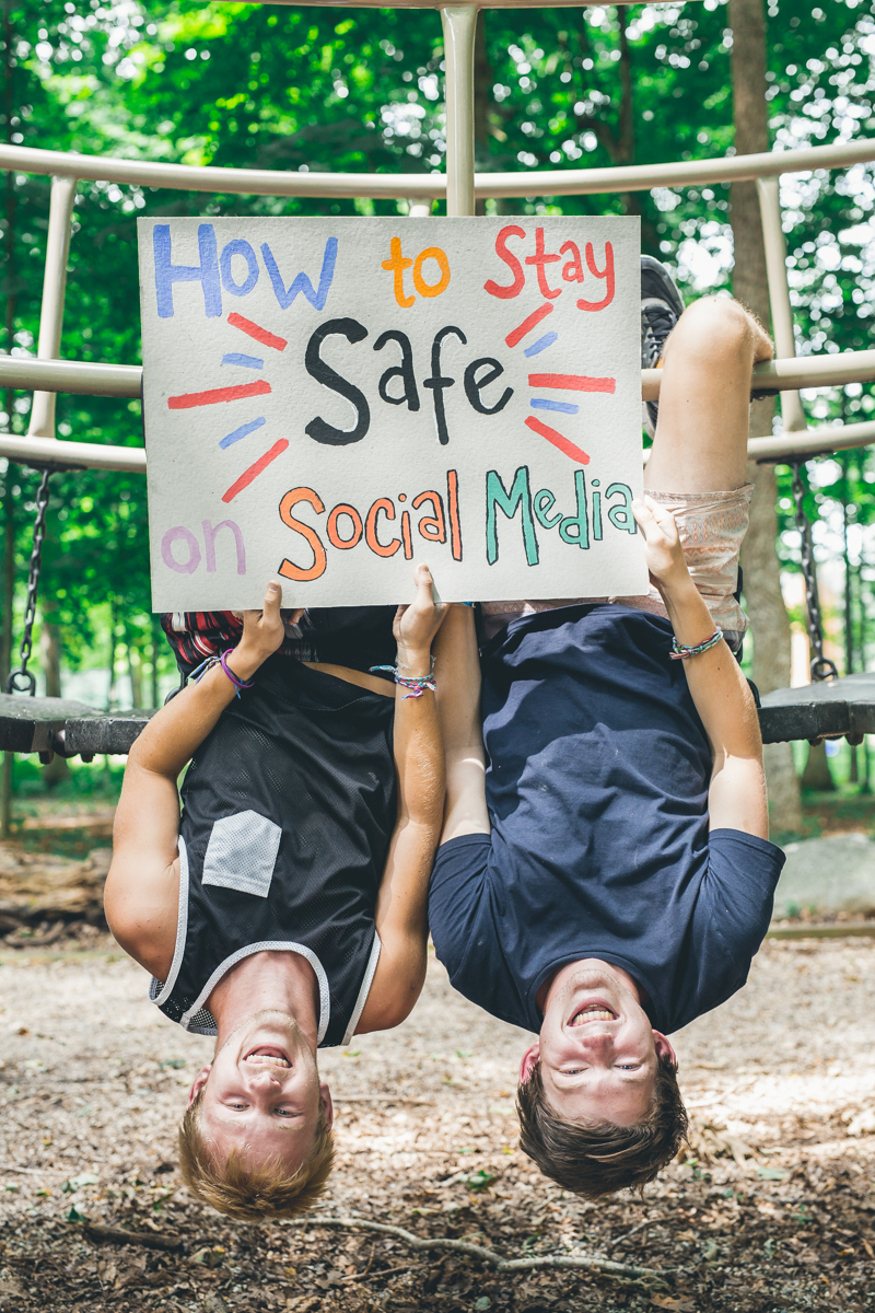 Stay Safe on Social Media-1